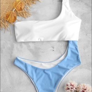 Zaful Cut Out Contrast One-piece Swimsuit